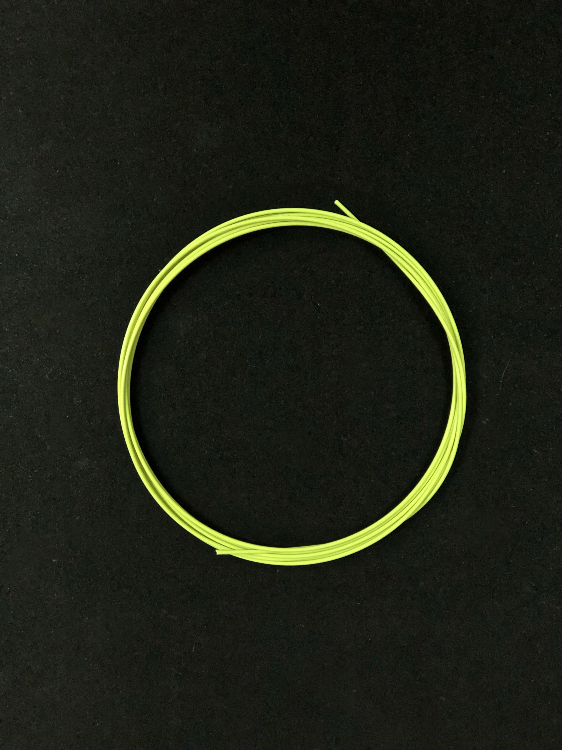 wyn-cable-yellow
