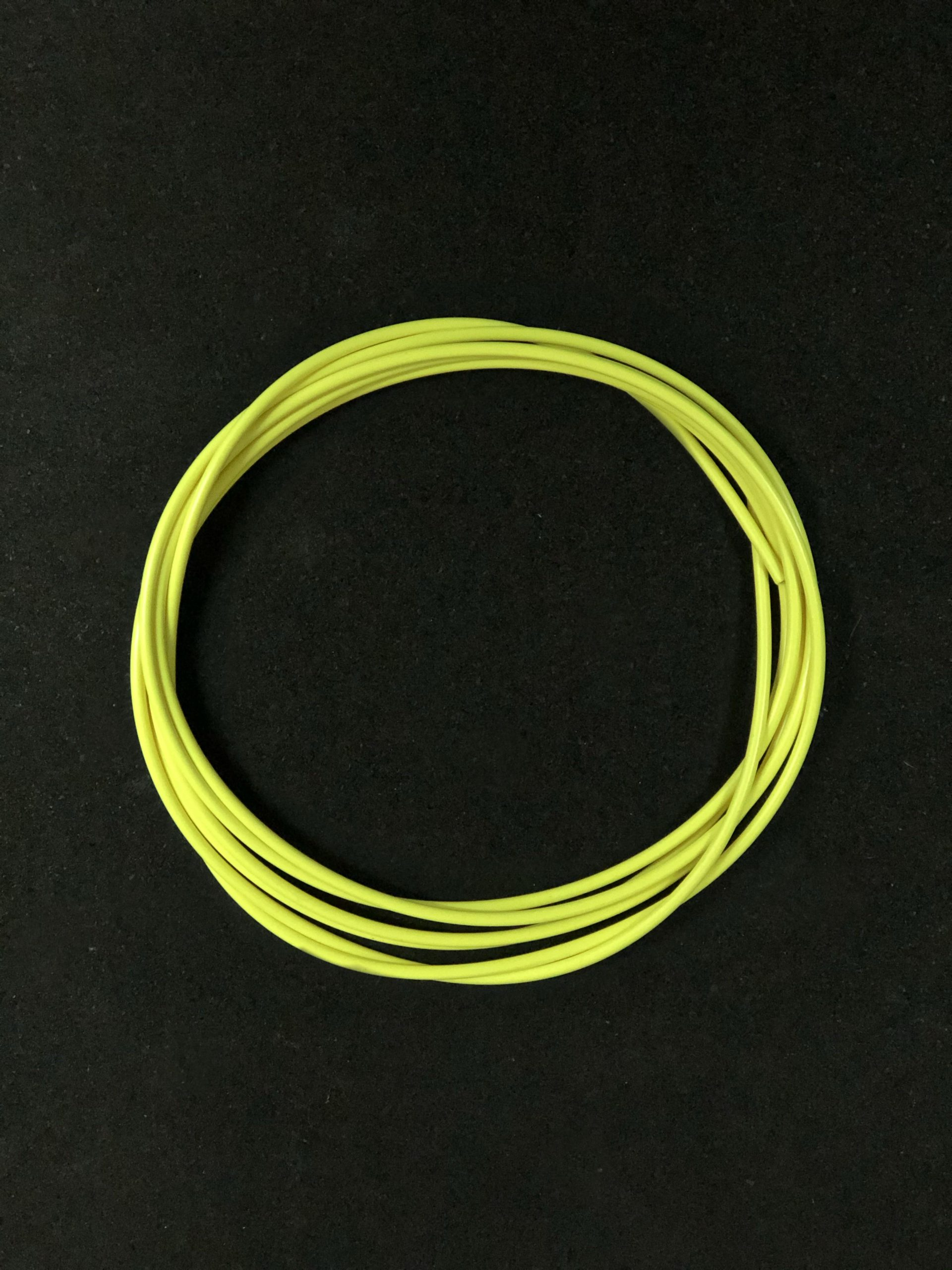 wyn-hcable-yellow