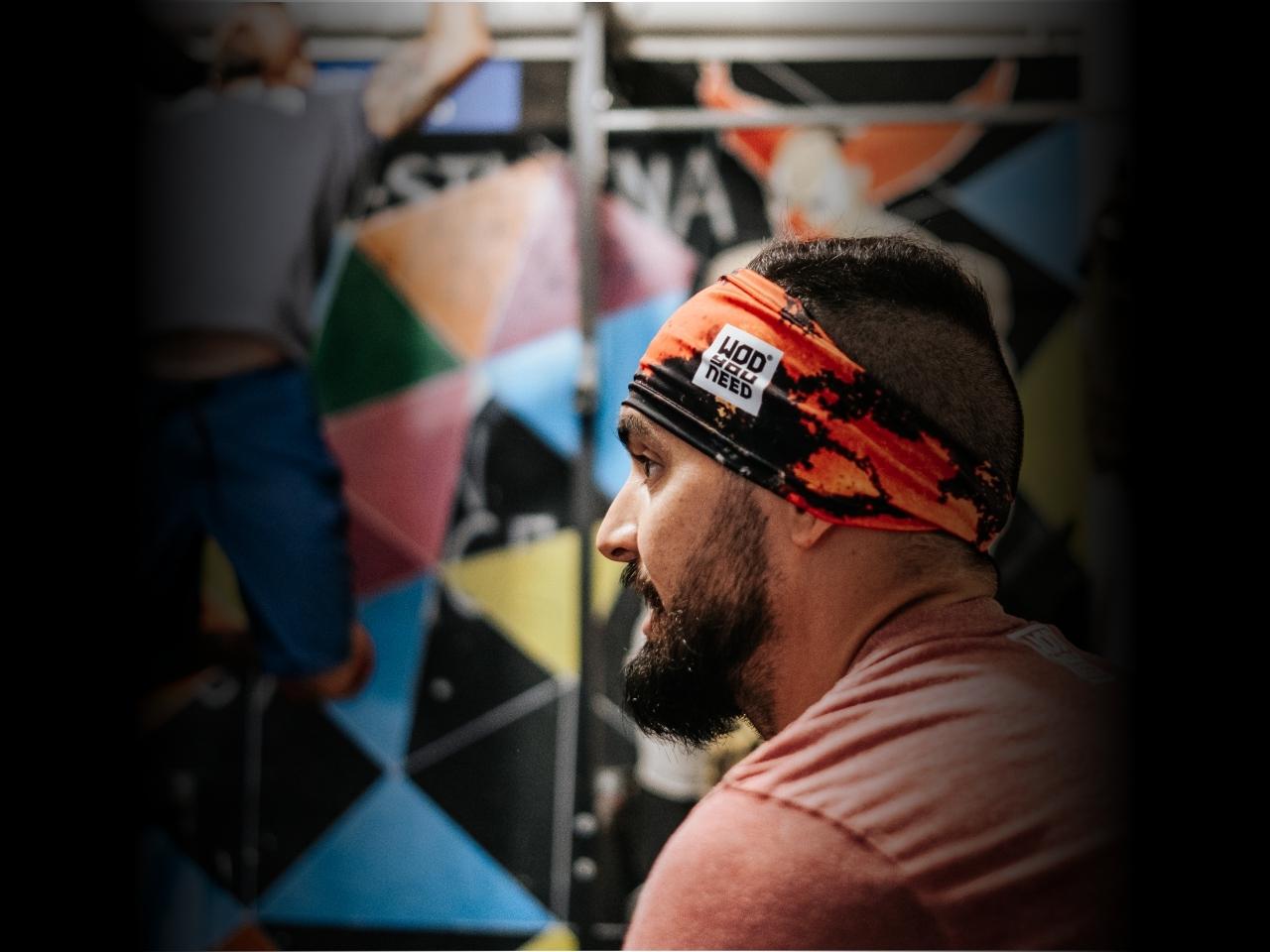 wyn-banner-headband-mobile